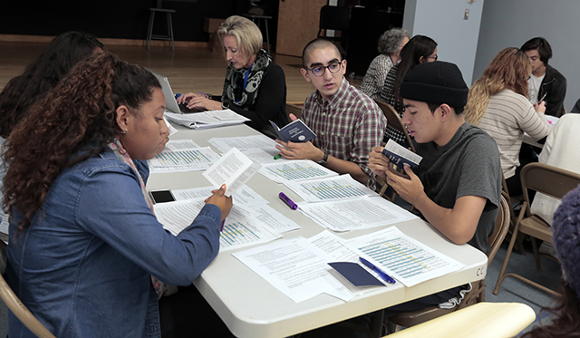 Student leaders at Palisades Charter HS meet to draft Student Bill of Rights and Responsibilities.  <br /> Photo by Patricia Williams.